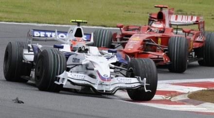 Kubica wyszedł z cienia Raikkonena, teraz atakuje Massę i Hamiltona /AFP