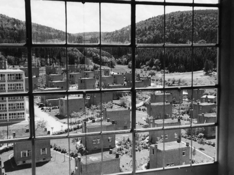 Kubiczne domki były znakiem rozpoznawczym osiedli Baty /llstein bild/ullstein bild via Getty Images /Getty Images