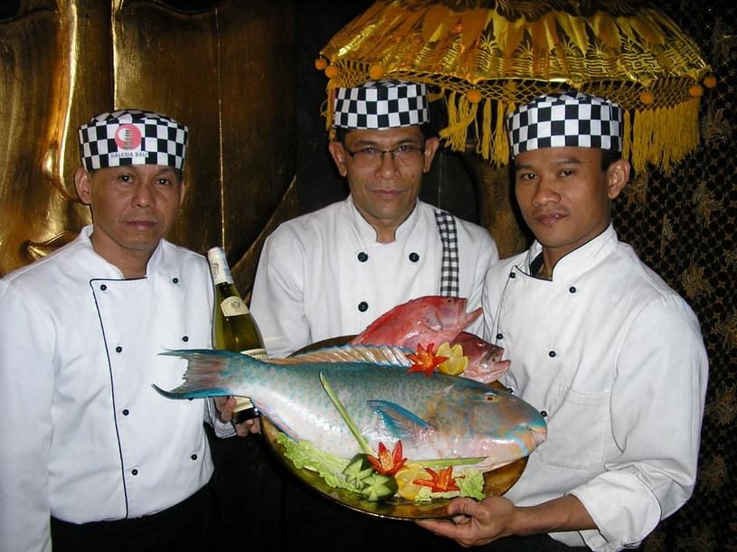 Kucharze restauracji Galeria Bali & Buddha Club - prawdziwi mistrzowie kuchni balijskiej  /materiały prasowe