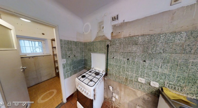 Kuchnia przed remontem /materiał zewnętrzny