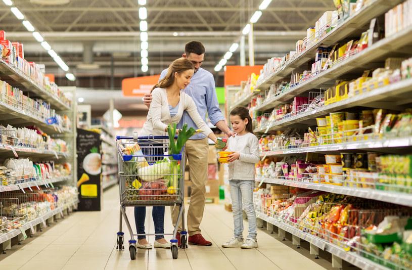 Kupowanie pod wpływem impulsu rzadko kończy się dobrze /123RF/PICSEL