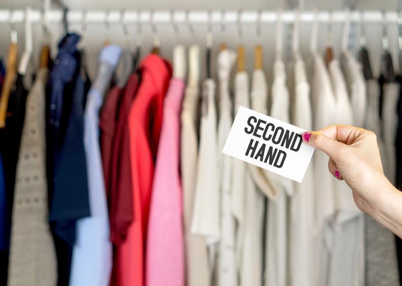 Kupowanie ubrań z drugiej ręki jest przyjazne dla naszej planety /123RF/PICSEL