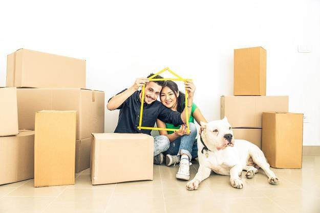 """Kupują mieszkanie z """"drugiej ręki"""" /©123RF/PICSEL"""
