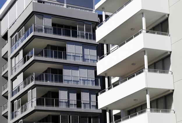 Kupujesz mieszkanie? Bez dopłaty może być taniej niż z dopłatą /© Panthermedia