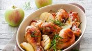 Kurczak z jabłkami i porzeczkowym sosem