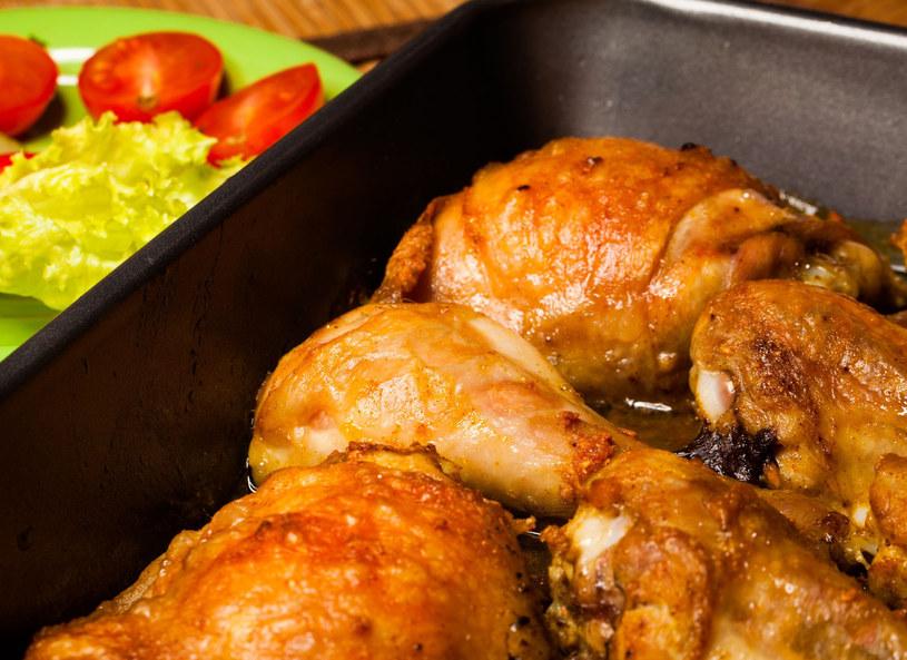 Kurczaka podaj z warzywami /123RF/PICSEL