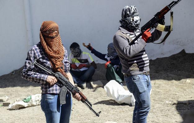 Kurdyjscy bojownicy w czasie starcia z tureckimi wojskami /AFP