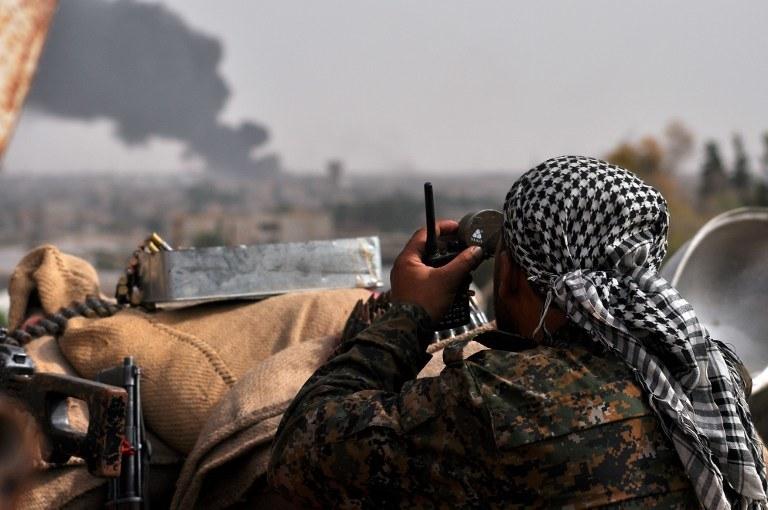 Kurdyjski żołnierz; zdj. ilustr. /DELIL SOULEIMAN / AFP /AFP