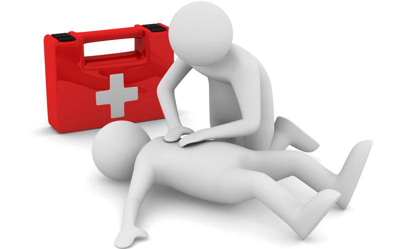 Kurs pierwszej pomocy /© Photogenica