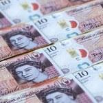 Kursy walut: Brytyjski funt w centrum uwagi