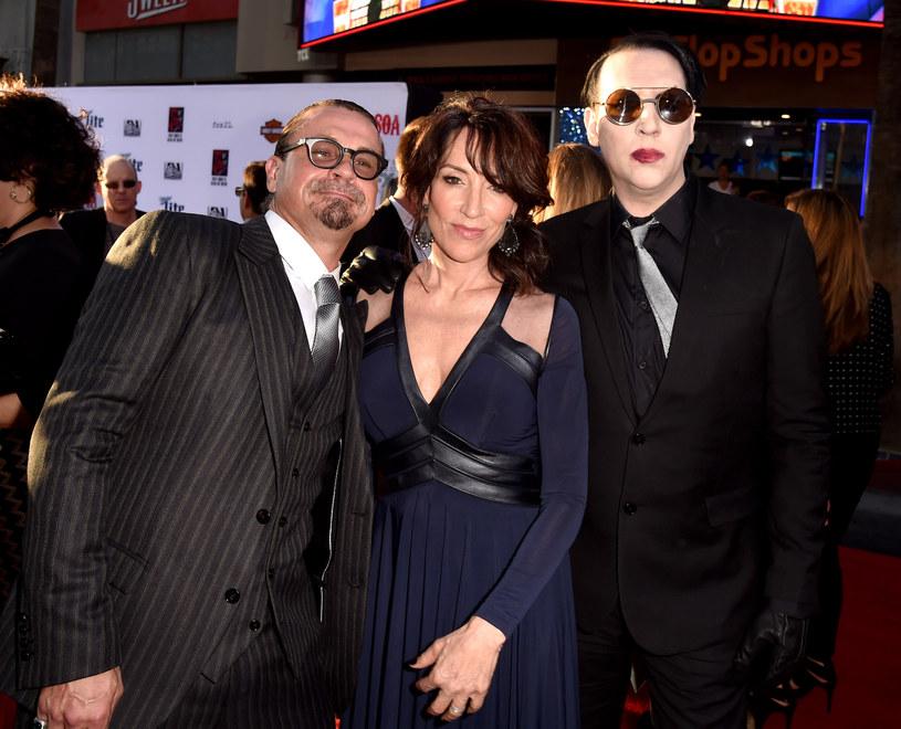 "Kurt Sutter, Katey Sagal oraz Marilyn Manson na premierze 7. sezonu ""Synów Anarchii"" /Kevin Winter /Getty Images"