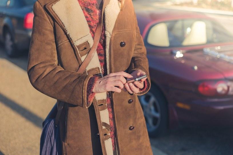 Kurtka, płaszcz, trencz - jak wybrać model na najbliższy sezon? Poradnik zakupowy /materiały prasowe