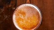 Kuruj się grzanym  piwem z żółtkiem