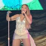 Kusa kreacja Mariah Carey odsłoniła za dużo