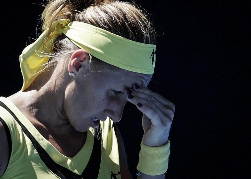Kuzniecowa, która słynie z dobrego przygotowania fizycznego była wyraźnie zmęczona w pojedynku z Pawliuczenkową /PAP/EPA