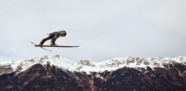 Kwalifikacje do konkursu w Innsbrucku wygrał Norweg Anders Fannemel /Daniel Karmann /PAP/EPA