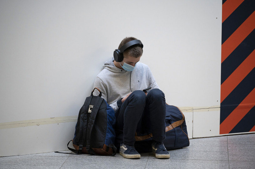 Kwarantanna może mieć złe skutki również dla nastolatków /Aurelien Meunier/Getty Images /Getty Images