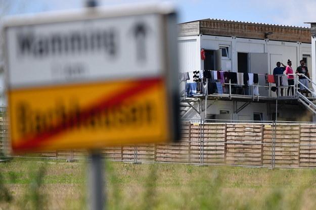 Kwarantanna na plantacji ogórków w Bawarii /Philipp Guelland /PAP/EPA