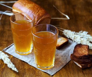 Kwas chlebowy: Dlaczego warto go pić?