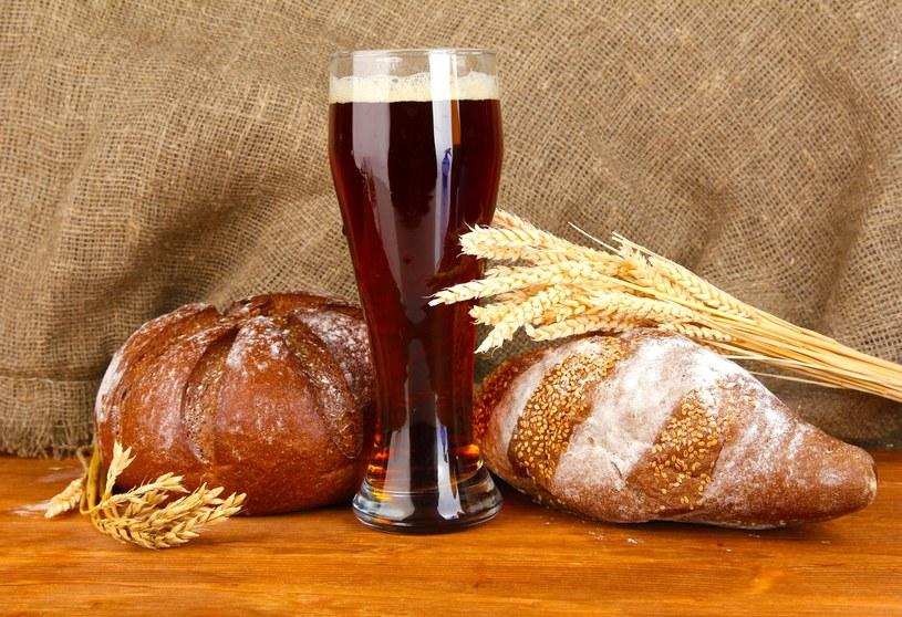 Kwas chlebowy właściwości /© Photogenica