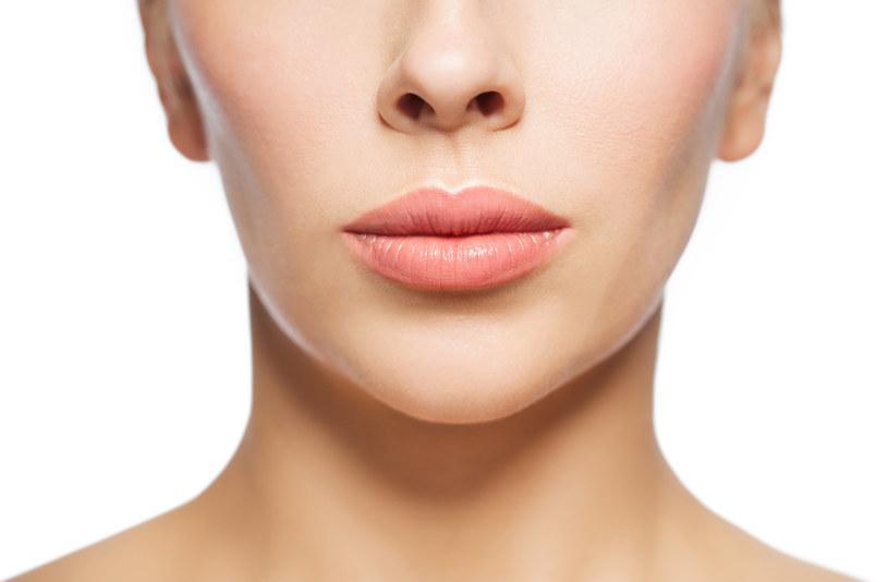 Kwas hialuronowy pozwala zmodyfikować kształt ust oraz zmienić ich rozmiar /123RF/PICSEL