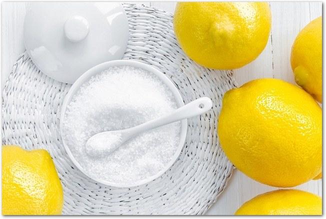 Kwasek cytrynowy zamiast soku z cytryny /© Photogenica