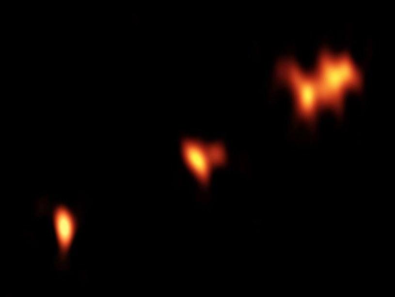 Kwazar P352-15 uchwycony podczas obserwacji astronomicznych /NASA