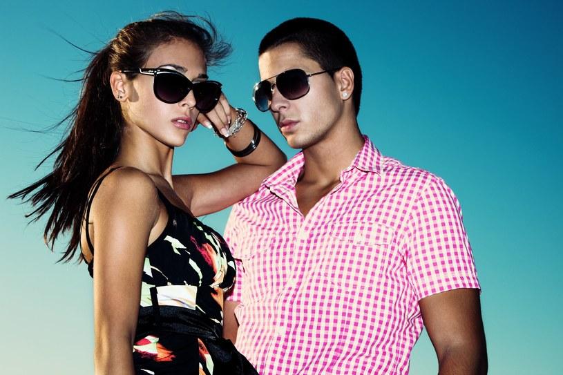 Kwestia doboru koloru okularów nie jest problematyczna /123RF/PICSEL