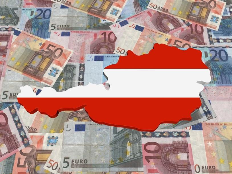 Kwota wolna od podatku w Austrii wynosi 11 000 euro /Adobe Stock