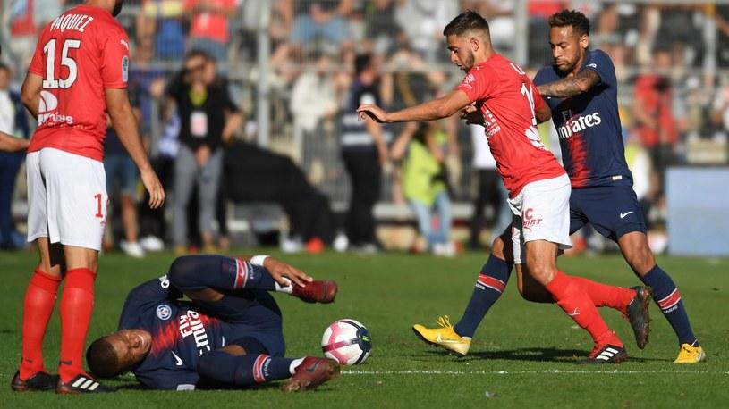 Kylian Mbappé (PSG)  w meczu z Nimes. /AFP
