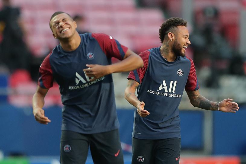 Kylian Mbappe (z lewej) i Neymar /AFP
