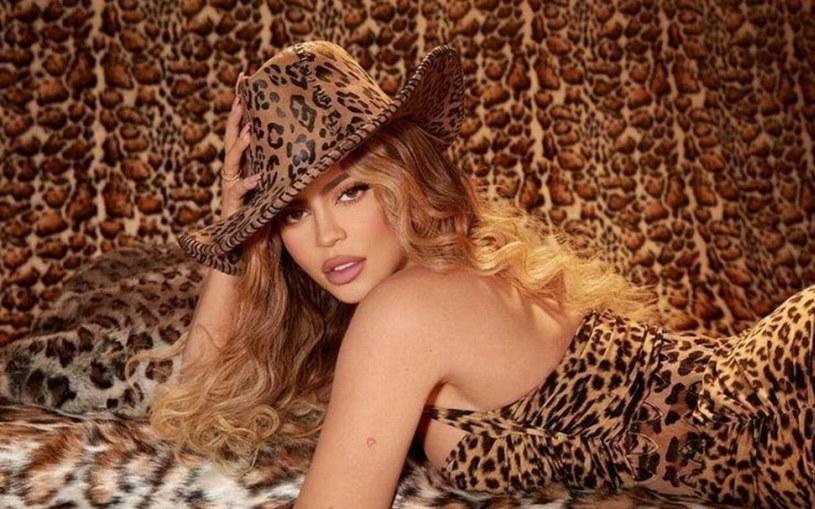 Kylie Jenner ma zaledwie 23 lata, ale już udało jej się zarobić fortunę /FaceToFace /Reporter