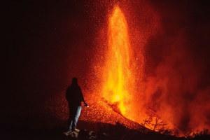 La Palma: Wulkan Cumbre Vieja zapada się. Odnotowano większy wylew lawy