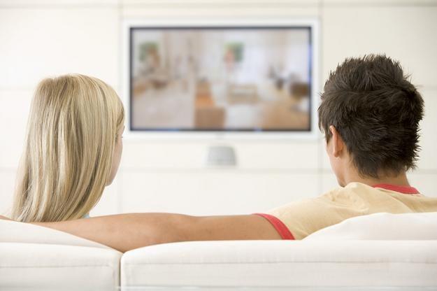 Łączna kwota wydatków poniesionych na reklamę w telewizjach wyniosła w tym okresie 372,47 mln zł /© Panthermedia