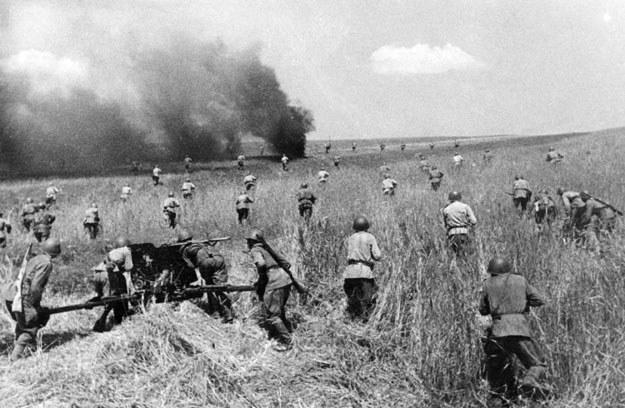 Łącznie siły Armii Czerwonej skierowane przeciwko Rzeczypospolitej wynosiły ok. 1,5 miliona żołnierz /AFP