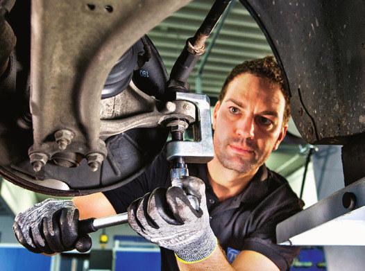 łączniki stabilizatorów /Motor