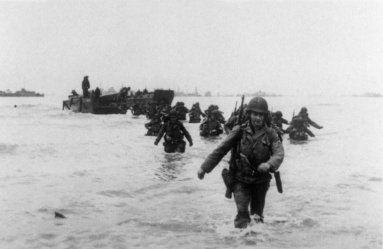 Lądowanie w Normandii, zdj. ilustracyjne /STF / IMPERIAL WAR MUSEUM / AFP /AFP