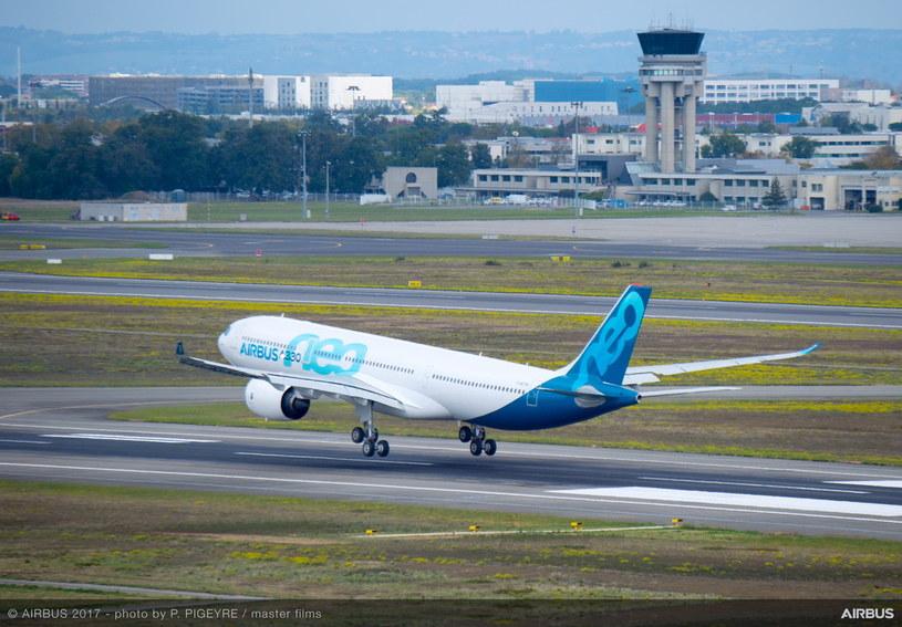 Lądujący Airbus A330neo /materiały prasowe