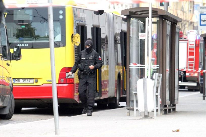 Ładunek wybuchowy w autobusie. Opinia biegłych o 22-letnim Pawle R. /Jarosław Jakubczak / Polska Press /East News