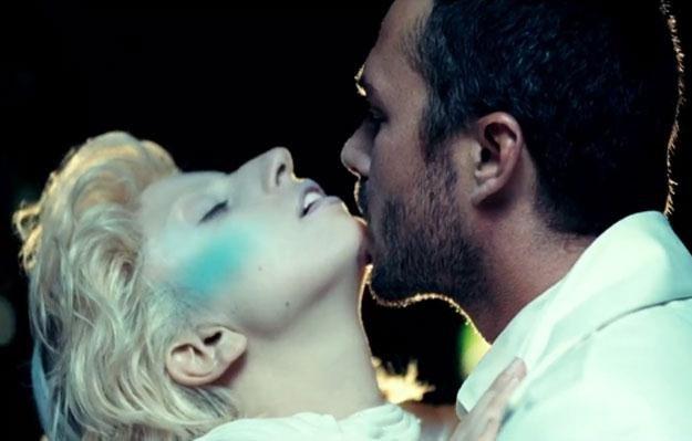 """Lady Gaga i Taylor Kinney: """"Początkowo to była luźna znajomość"""" /"""