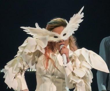 Lady Gaga kusi na koncercie