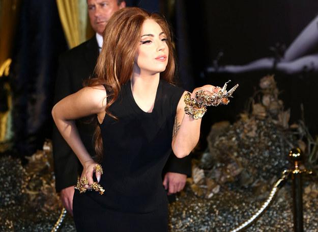Lady Gaga na promocji swojego zapachu /Getty Images