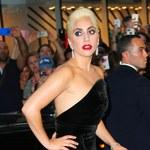 Lady Gaga nie założyła bielizny? Co tam jej wystaje?