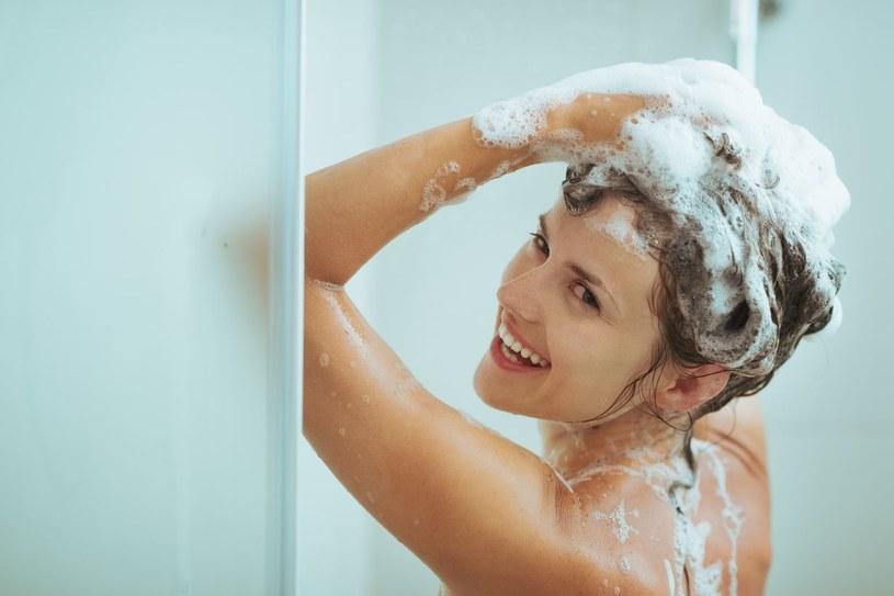 łagodny szampon /© Photogenica