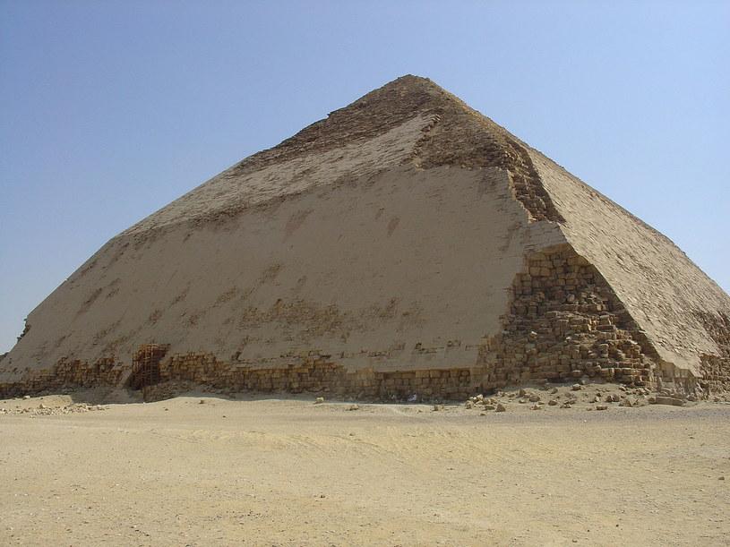 Łamana Piramida Snofru /Wikipedia