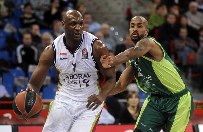 Lamar Odom (z lewej) /AFP