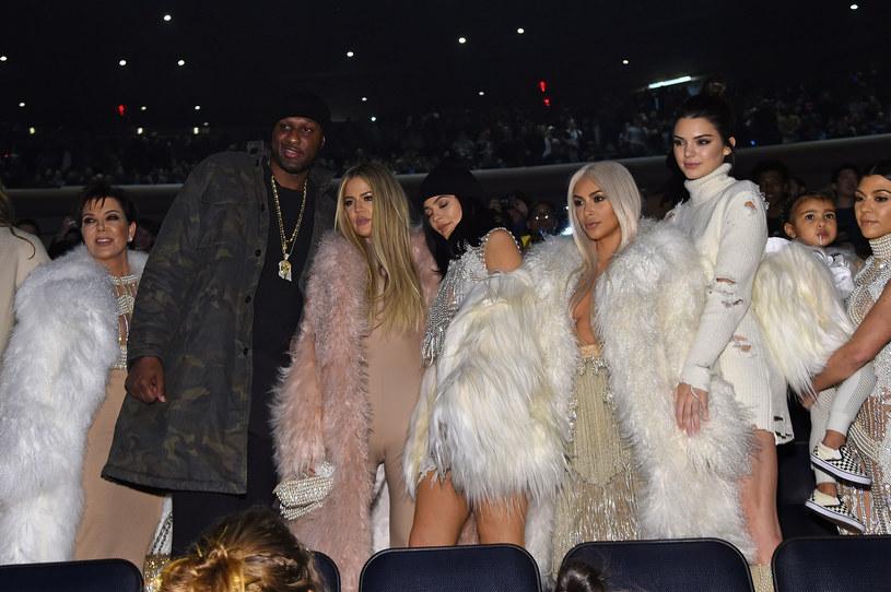 Lamar Odom z rodziną Kardashianów /Jamie McCarthy /Getty Images