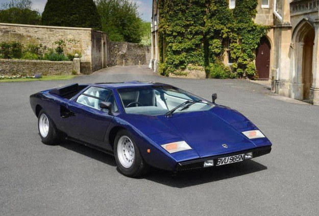 Lamborghini Countach LP400 z 1975 roku osiągnął cenę 953 500 funtów /