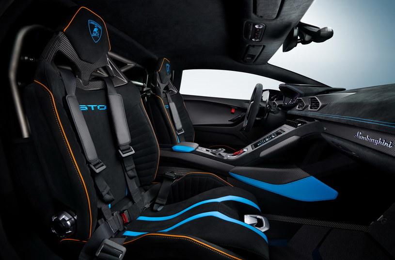 Lamborghini Huracan STO /