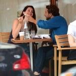 Lana Del Rey z chłopakiem na lunchu. Nie mogła się od niego oderwać!